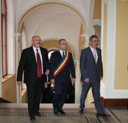 Oficialităţi prezente la deschiderea anului universitar al Universităţii Babeş-Bolyai/ Foto: Dan Bodea