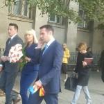 Elena Udrea a primit din partea primarului un superb buchet de trandafiri roz și crizanteme