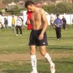 Dan Gavrilescu,   hotărât să-şi pună cenuşă în cap pentru a fi iertat de coechipieri.foto-liga2.ro