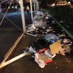 Petrecăreții au lăsat în urmă tone de gunoaie