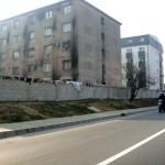 Locuitorii din zonele vizate pentru relocarea rromilor nu sunt de acord cu mutarea lor în zonă