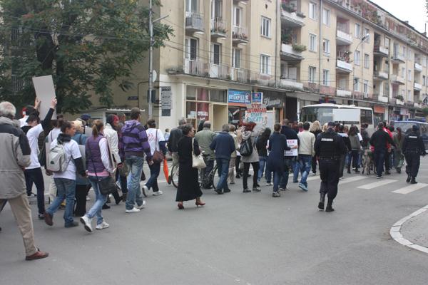 protest-eutanasiere-caini-comunitari-satu-mare (7)