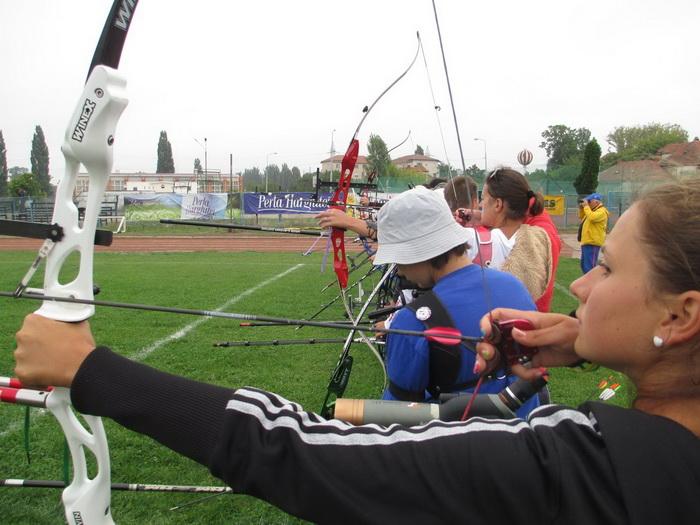 Sportivi de la SCM Deva au dominat Campionatul Naţional al României la Tir cu Arcul