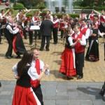 fanfarele şi formaţiile de dans vor prezenta un spectacol cultural în parcul din Piața Libertății / Sursa foto: satumareonline.ro