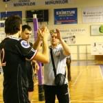 Bogdan Tăănase (foto,   în tricou gri) a antrenat Universitatea Cluj ceva mai bine de doi ani,   acum e secundul lui Stelian Tănase la un club legendar al voleiului european,   VFB Friedrichshafen / Foto Dan Boda