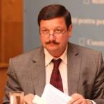 Consilierii liberali cer demisia viceprimarului Şurubaru,   găsit incompatibil