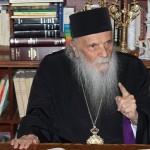 INTERVIU/ Arhiepiscopul Iustinian Chira: După '89 am învăţat să fluierăm în biserică