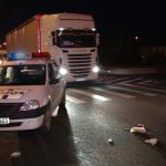 Polițiștii continuă cercetările în cauză pentru a stabili cu exactitate circumstanțele desfășurării accidentului  FOTO stirileprotv.ro
