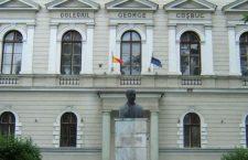 """Vasile Dâncu: """"Profesorii mei aveau distincţia unor aristocraţi"""""""