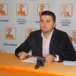 Adrian Cozma, președintele organizației de tineret a PDL Satu Mare a organizat marți o conferință de presă