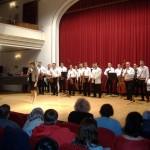 Sute de varstnici au luat parte la spectacolul de folclor