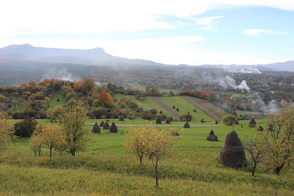 Satul Breb se întinde pe o suprafață de 3500 de hectare