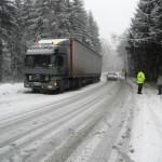 Drumurile Judeţene au în stoc un minim necesar de amestec de nisip şi sare,   special pentru cazurile de urgenţă