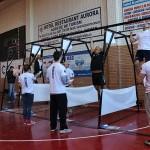 """51 de poliţişti s-au întrecut la prima ediţie a concursului de crossfit  """"Cel mai puternic poliţist din România"""""""