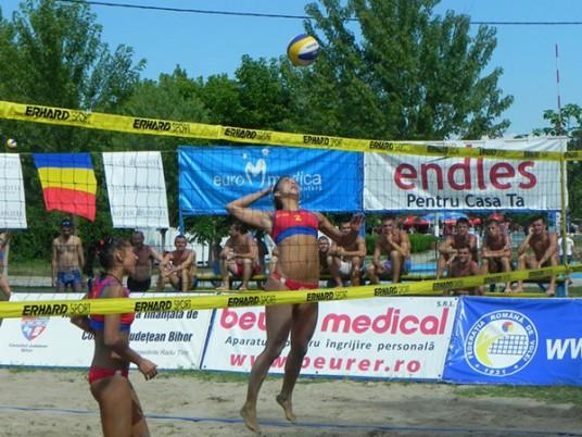 Componentă de bază a echipei Naţionale de beach volei. Foto/Facebook.com