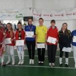Mealny Pfeifer şi Teodora Coste au urcat pe podium la Cupa României spadă speranţe. Foto/Prosport.ro