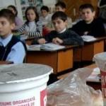 Livrarea laptelui în şcoli va începe de miercuri / b365.ro