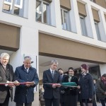 Vicepremierul Ungariei,   Semjen Zsolt,   a tăiat panglica la inaugurarea Universității Sapienția.