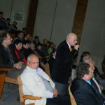 Datorită numărului mare de participanţi, dezbaterea a avut loc  sala mare de şedinţe a Palatului Administrativ
