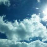 Pe transilvăneni îi așteaptă un weekend însorit urmat de o săptămână cu ploi și cer noros.
