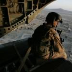 """""""Până in iad şi înapoi"""" explorează lupta crâncenă a unui om cu urmările devastatoare ale războiului/Foto: www.theguardian.com"""