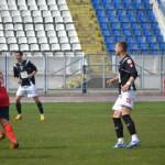 Ionuţ Stan (foto,   în centru) a fost la un pas să renunţe la fotbal,   acum a semnat pe patru ani cu Dinamo