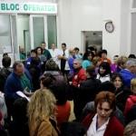 FOTO/ Greva medicilor clujeni a oprit pentru două ore activitatea din Spitalul Județean  de Urgențe