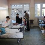 Cei mai mulţi dintre pacienţi refuză să vorbească despre mâncarea primită / Fotoreporter: Vasile Mihovici