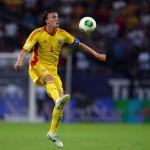 Căpitanul echipei naţionale de fotbal a României, Vlad Chirticheş, s-a accidentat şi va rata barajul de calificare la Cupa Mondială din Brazilia