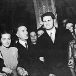 Foto: Corneliu Coposu (centru-stânga),   alături de Iuliu Maniu (centru-stângă)