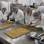 Fabrica de ciocolată din Odoreu produce exclusiv pentru export / Fotoreporter: Vasile Mihovici