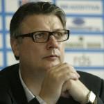 Gino Iorgulescu este noul șef al Ligii Profesioniste de Fotbal. În urma alegerilor care au avut loc,   joi,   el l-a învins cu 11 voturi pentru și 7 împotrivă,   pe Mitică Dragomir