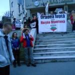 Protestatarii s-au oprit in fata Agentiei pentru Protectia Mediului