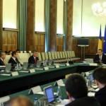 Guvernul şi-a asumat răspunderea asupra legii descentralizării