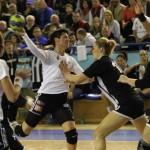 """""""U"""" Jolidon este singura echipă feminină de handbal care mai reprezintă România în cupele europene şi va fi favorită la tragerea la sorţi / foto: Dan Bodea"""