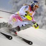 Americanca Lindsey Vonn a revenit în circuitul schiu-lui alpin mondial şi promite un nou titlu olimpic la Soci (Rusia)
