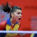 Bistriţeanca Bernadette Szocs a avut evoluţii împresionante la Campionatele Mondiale de juniori din Maroc,   dar a lipsit din semifinala cu China şi România a ratat calificarea în finală