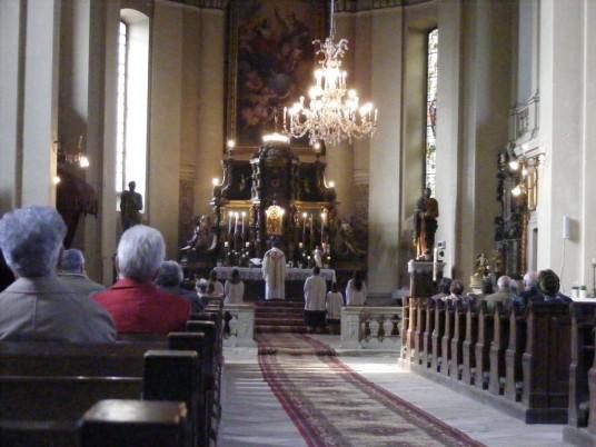 Interiorul bisericii armene din Gherla/ Foto: gazetino.wordpress.com
