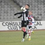 Cu 7 goluri marcate în acest sezon,   Lemnaru (în prim plan,   în faza premergătoare golului marcat aseară cu Oţelul) se află pe locul 5 în topul golgheterilor la zi în Liga 1 / Foto: Dan Bodea