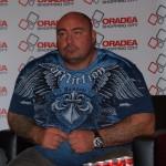 """""""Uriaşul"""" luptător Sandu Lungu va împărţi cadouri la Galaţi"""