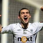 Claudiu Keşeru s-a înţeles cu Steaua şi este foarte aproape să semneze cu campioana României, de la care va încasa 400.000 de euro anual