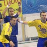 Echipa de handbal Potaissa Turda este noul lider în clasamentul Ligii Naţionale,   după victoria,   scor 26-24,   cu Universitatea Suceava