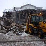 Imagine din timpul demolării coloniei de pe strada Coastei/ Foto: gLOC