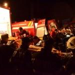 Unul dintre răniți este urcat într-o ambulanță SMURD,   în zona Beliș/ Foto: E. S.