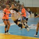 Victoria în faţa formaţiei Neptun Constanţa le-a adus handbalistelor de la HCM Baia Mare un avans de 5 puncte în faţa Coronei Braşov