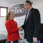 Prin acordul semnat marţi, Corina Căprioriu devine primul sportiv clujean care primeşte o bursă lunară din Partea UBSC / FOTO: Dan Bodea