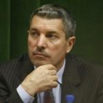 Fostul arbitru Vasile Avram îşi va lansa,   vineri,   la Cluj,   candidatura sşi programul său pentru alegerile în funcţia de preşedinte al FRF