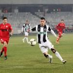 Valentin Lemnaru nu a mai înscris, iar Universitatea Cluj a pierdut, scor 0-1, cu Dinamo, primul meci după o serie de 5 victorii consecutive pe teren propriu / FOTO: Dan Bodea