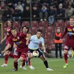 Sergiu Negruţ i-a răsplătit încrederea antrenorului Vasile Miriuţă şi a marcat două golri în egalul dintre CFR şi Corona Braşov,   scor 2-2 / FOTO: Dan Bodea