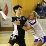 Mihaela Ani Senocico a marcat şase goluri în poarta vicecampioanelor de la Ştiinţa Baia Mare şi aşteaptă ultimul meci din sezonul regulat cu CSM Bucureşti / FOTO: Dan Bodea